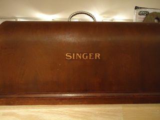 Vintage Singer Case