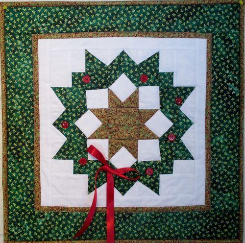 Carpenter's Wreath (640x635)
